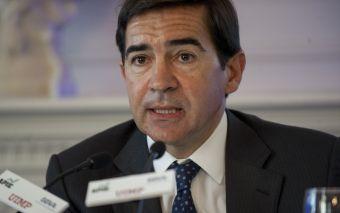 Carlos Torres Vila, Consejero Delegado del BBVA, durante su intervención en el curso de economía organizado por APIE en la Universidad Internacional Menéndez Pelayo de Santander.