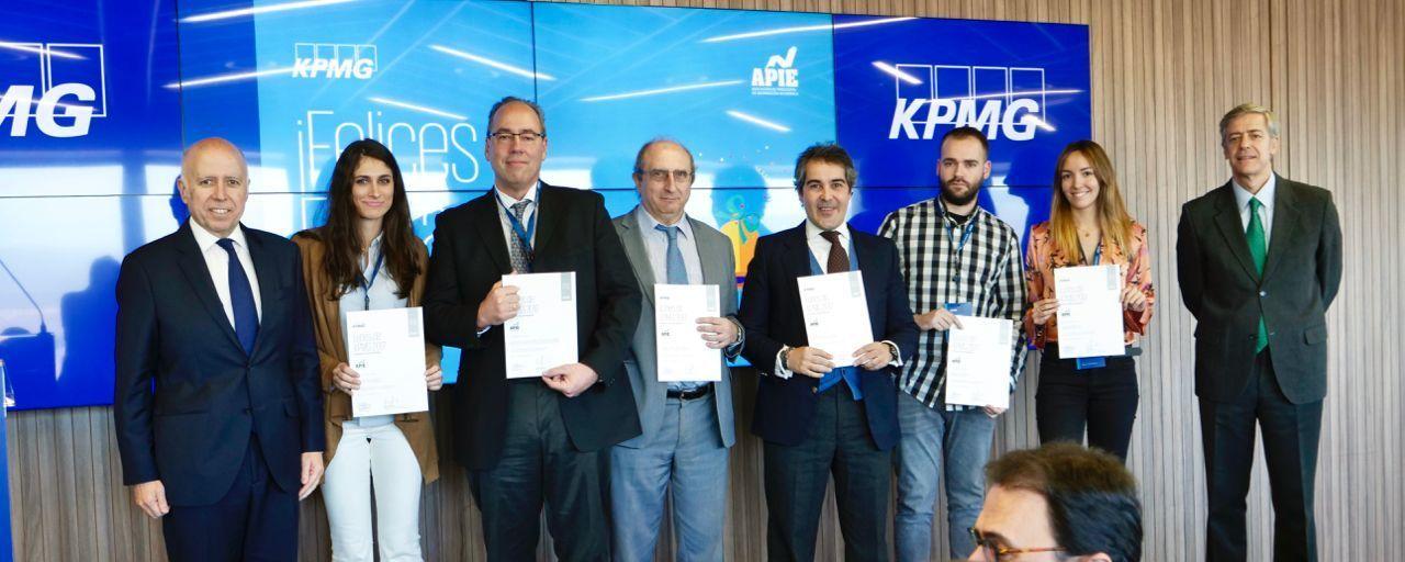 Entrega de diplomas de la edición 2017 de Los Lunes de KPMG