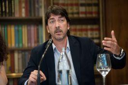 Sergio del Campo (Ciudadanos), durante el debate sobre las pensiones con el que comenzó el XXXI Curso de Economía organizado por la APIE.