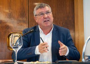 Íñigo Barandiaran (EAJ-PNV), durante el debate sobre las pensiones con el que comenzó el XXXI Curso de Economía organizado por la APIE.