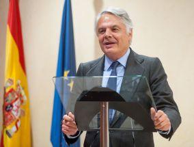 Ignacio Garralda, Presidente de Mutua Madrileña, durante su discurso de agradecimiento por obtener el accesit de los premios Tintero.