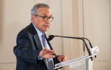 José María Marín Quemada, presidente de la CNMC, durante su intervención en el Curso de Economía organizado por la APIE en la UIMP.
