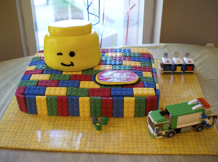Lego cake - Lego themed birthday party