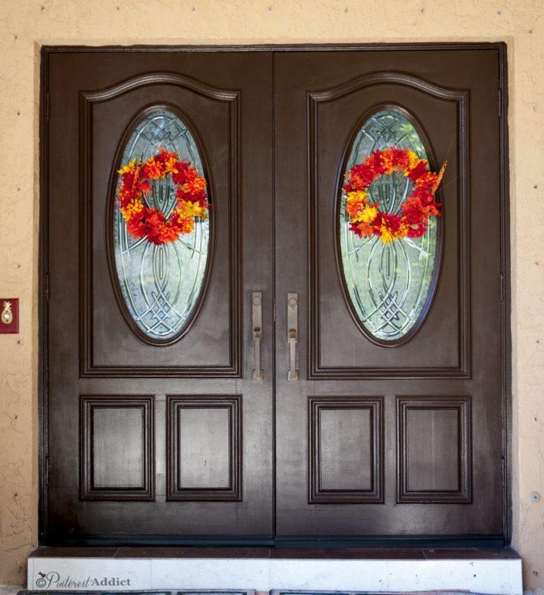 Fall front door wreaths.