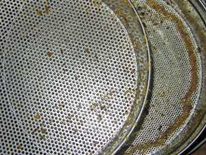 le pas a pas le filtrage du miel 2008