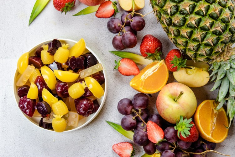 Gomas de gelatina com sumo de fruta