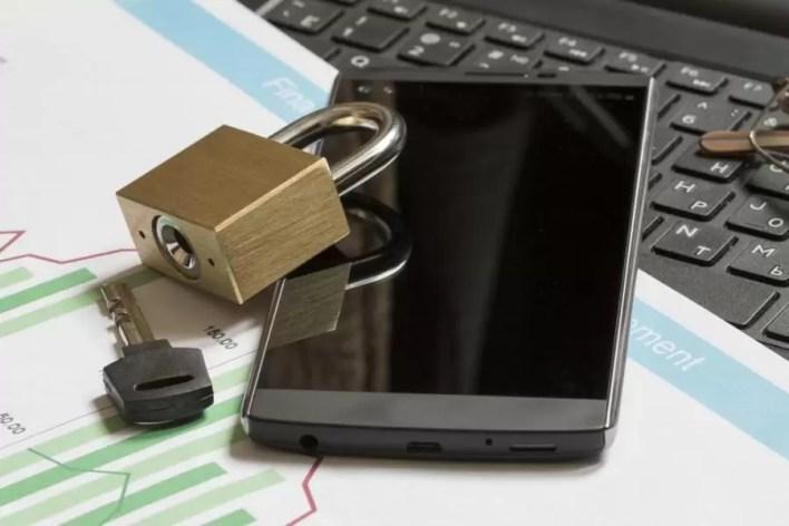 طريقة حماية هاتفك من السرقة ومن المتطفلين