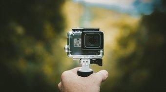 """5 Melhores câmeras de ação para viagens com menos de 200 """"width ="""" 977 """"height ="""" 538 """"tamanhos de dados ="""" tamanhos automáticos """"="""" (largura mínima: 976px) 700px, (largura mínima: 448px) 75vw, 90vw """"srcset = """"https://www.aplicativosandroid.com/wp-content/uploads/2019/12/As-5-melhores-cameras-de-acao-para-viagens-com-menos.jpg 977w, https: // cdn .guidingtech.com / imager / media / assets / 2019/12/249092/5-Melhores-câmeras-de-ação-amigáveis-para-viagens-Under-200_935adec67b324b146ff212ec4c69054f.jpg? 1576576490 700w, https://cdn.guidingtech.com/imager/ media / assets / 2019/12/249092/5-Melhores-câmeras-de-ação-amigáveis-para-viagens-Under-200_40dd5eab97016030a3870d712fd9ef0f.jpg? 1576576490 500w, https://cdn.guidingtech.com/imager/media/assets/2019/12 /249092/5-Best-Travel-friendly-Action-Cameras-Under-200_7c4a12eb7455b3a1ce1ef1cadcf29289.jpg?1576576490 340w"""