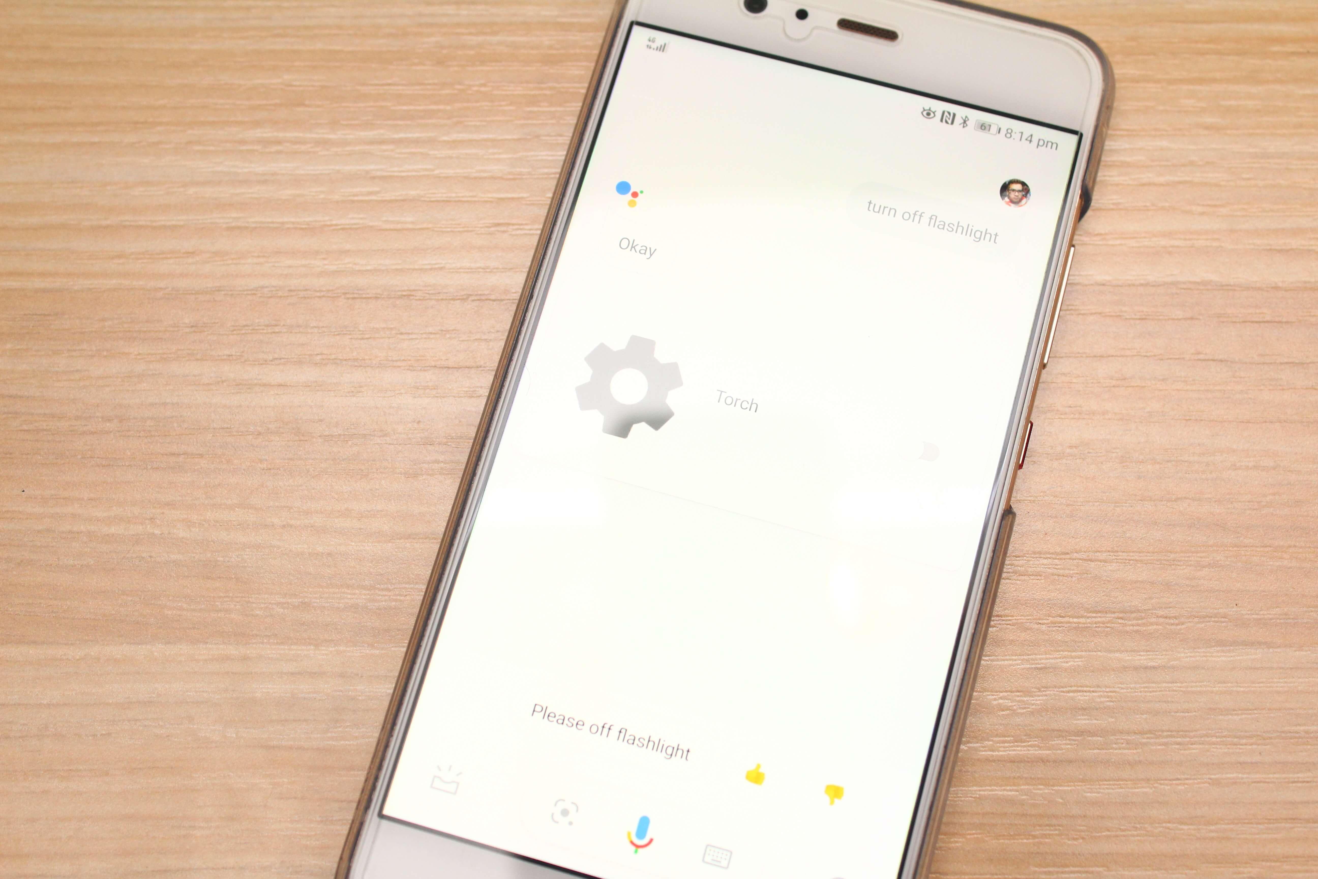 "como ligar a lanterna-dispositivo-android-google-assistant-2 ""width ="" 700 ""height ="" 467 ""srcset ="" https://joyofandroid.com/wp-content/uploads/2017/11 /how-to-turn-on-flashlight-device-android-google-assistant-2.jpg 5184w, https://joyofandroid.com/wp-content/uploads/2017/11/how-to-turn-on- lanterna-dispositivo-android-google-assistente-2-300x200.jpg 300w, https://joyofandroid.com/wp-content/uploads/2017/11/how-to-turn-on-flashlight-device-android-google -assistant-2-768x512.jpg 768w, https://joyofandroid.com/wp-content/uploads/2017/11/how-to-turn-on-flashlight-device-android-google-assistant-2-1024x683. jpg 1024w ""tamanhos ="" (largura máxima: 700px) 100vw, 700px ""/></noscript data-recalc-dims="