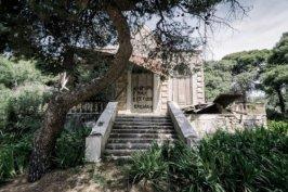 Ιωάννης Λαχανής, Οικία στην Παρακοπή Σύρου