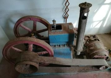 Παλιά βενζινοκίνητη μηχανή