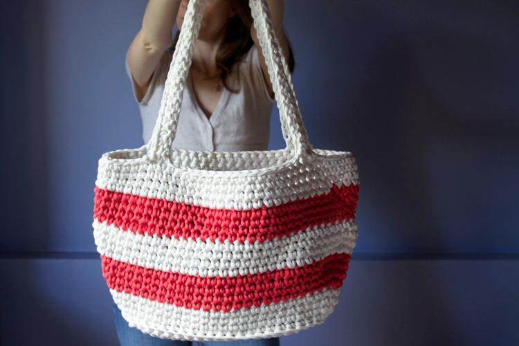 grand sac de plage au crochet