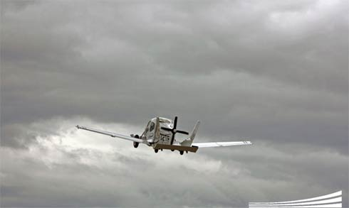 Carro Voador TerraFugia em voo