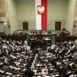 Parlamentul polonez analizeaza interzicerea completa a avortului