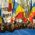 """""""Revolutia"""" din Moldova – Schimbarea """"KGB-ului vechi"""" cu """"KGB-ul nou"""""""