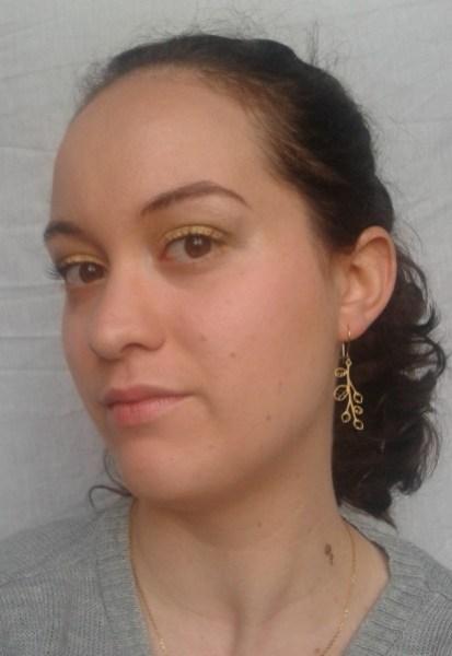maquillage-dore-et-vert-reveillon.jpg