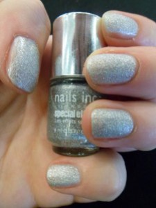 vernis-abbey-road-nails-inc.JPG