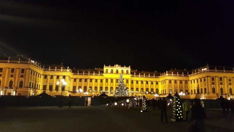 schonbrunn-chateau