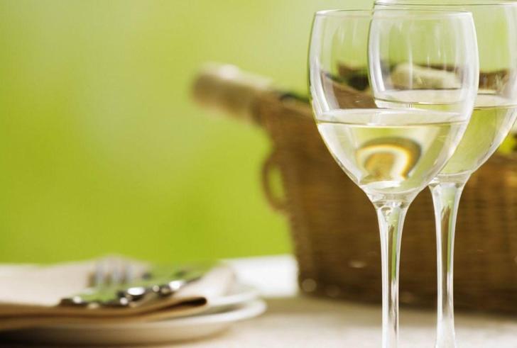 Νερό με γεύση κρασιού… για να μην κάνουμε κεφάλι!