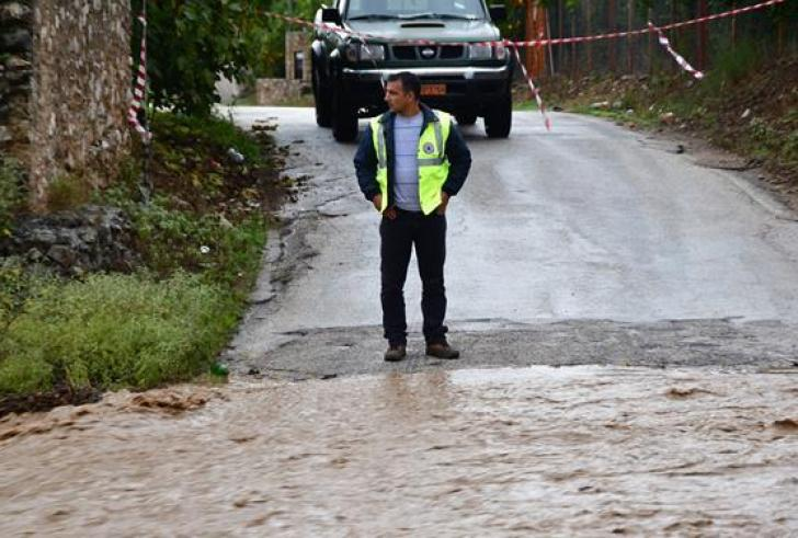 Νεκρή 59χρονη που παρασύρθηκε από χείμαρρο στην Εύβοια