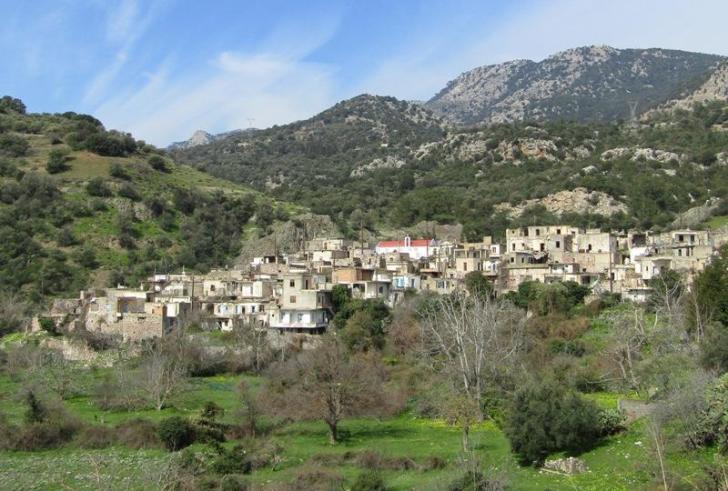 Kαλάμι: Το εγκαταλειμμένο χωριό – φάντασμα της Βιάννου