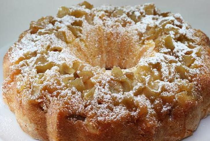 Το πιο εύκολο και αφράτο κέικ μήλου!
