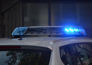 Ηράκλειο: Αστυνομικοί δέχθηκαν επίθεση ενώ κλήθηκαν για περιστατικό