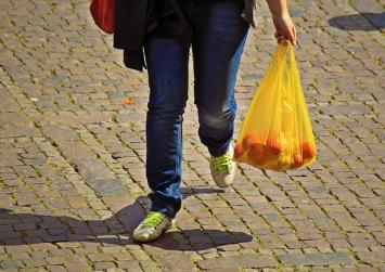 Tο Ηράκλειο λέει αντίο στην πλαστική σακούλα