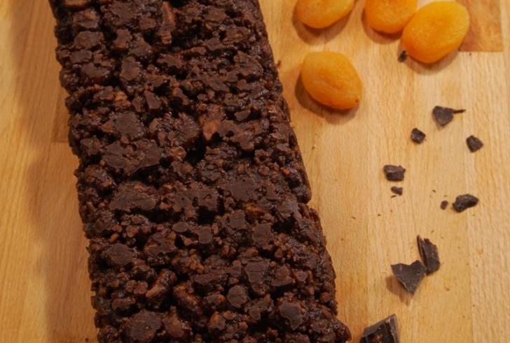 Σοκολατένιο κέικ ψυγείου χωρίς ζάχαρη