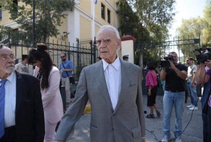Απολογήθηκε για μίζα 700 χιλιάδων ελβετικών φράγκων ο Τσοχατζόπουλος