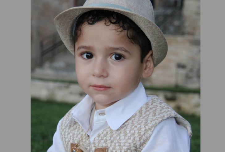 Η Ιφιγένεια και ο Μανώλης Σαββάκης στηρίξαν «ΤΟ ΜΕΛΛΟΝ» στη βάπτιση του γιου τους