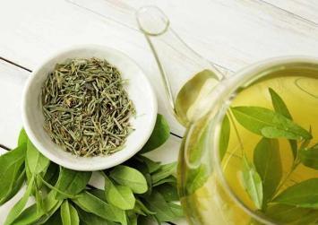 Πράσινο τσάι: Η φυσική λύση για το ακνεϊκό δέρμα