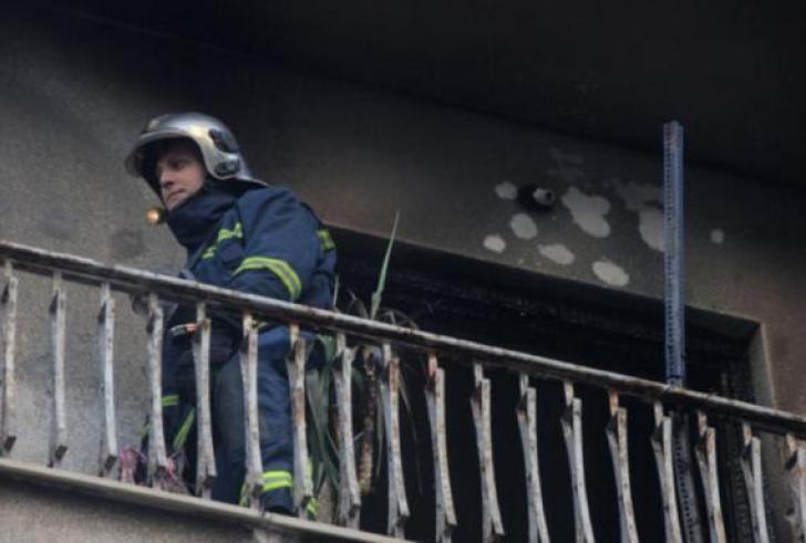 Συναγερμός από φωτιά σε πολυκατοικία στο κέντρο της Αθήνας!
