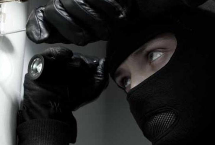 Ηράκλειο: Συνελήφθη δίδυμο που είχε ανοίξει δεκάδες σπίτια