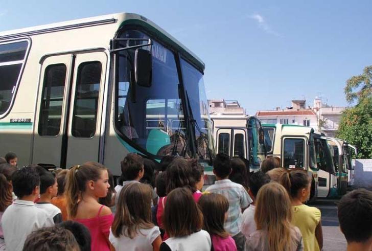 Περίπου 8 εκατ. ευρώ για τη μεταφορά των μαθητών στην Κρήτη