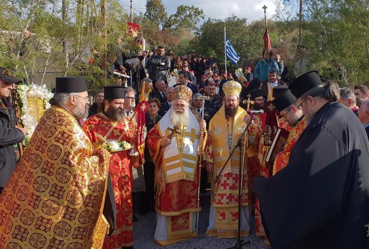 Κρήτη: Με λαμπρότητα ο Άγιος Νικόλαος γιόρτασε τον Πολιούχο του (φωτο)