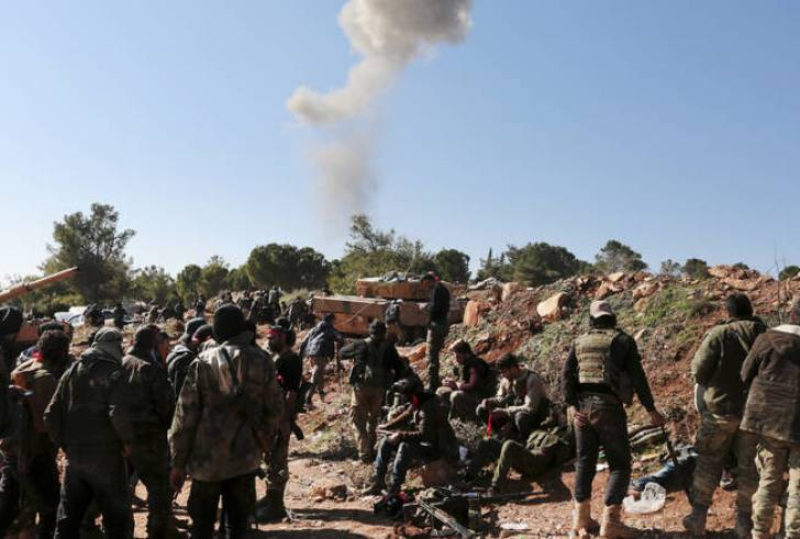 Συρία: Δεκάδες νεκροί από έκρηξη παγιδευμένου οχήματος σε πετρελαιοπηγή