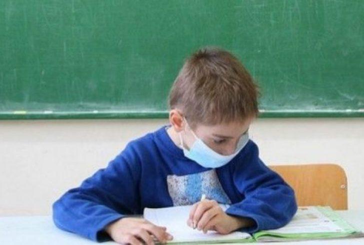 Υπ. Παιδείας: Αυτές είναι οι οδηγίες στα σχολεία για τον κορονοϊό