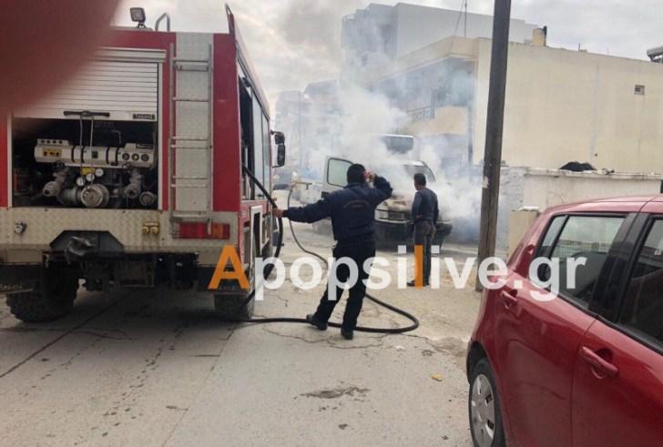 Στις φλόγες τυλίχθηκε φορτηγό στις Μοίρες (Φώτο)