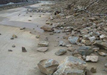 Κρήτη: Κλειστός δρόμος λόγω… κατολίσθησης