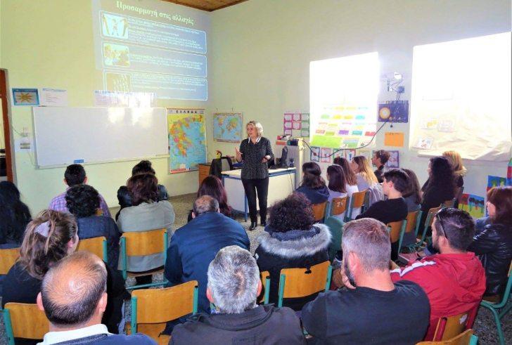 Με επιτυχία η σημαντική ενημερωτική εκδήλωση για τα παιδιά στο Δημοτικό Σχολείο Βαγιονιάς (φώτο)