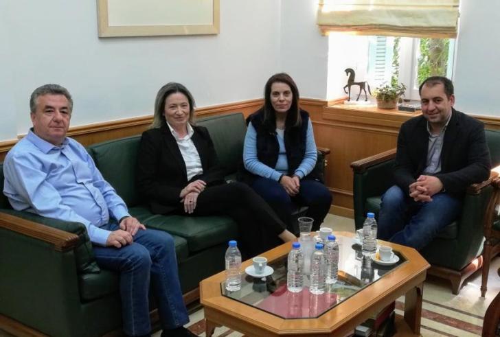 Συνάντηση της υποψηφίας Δημάρχου Ηρακλείου Ε. Σχοιναράκη – Ηλιάκη με τον Περιφερειάρχη