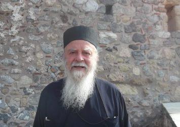 Έφυγε από τη ζωή ο πάτερ Ηλίας Βολανάκης, εφημέριος του Αγίου Τίτου για 59χρόνια