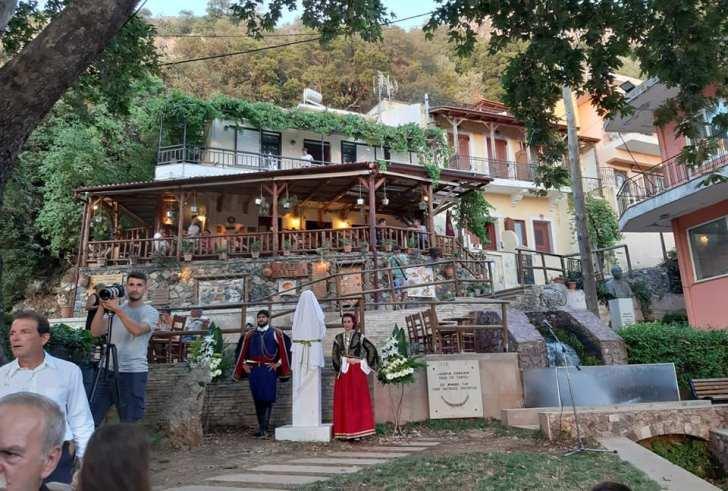 Αφιέρωμα στους Γ. Μαρκογιαννάκη και Σ. Παπαδάκη στο Σπήλι (φώτο)