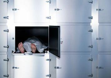 Μακάβρια ανακάλυψη: Τα πτώματα κινούνται περισσότερο από ένα χρόνο μετά τον θάνατο