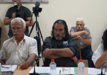 Τσικνάκης Κωστής: «Σε διαγράψαμε από την παράταξη επειδή μιλούσες με τον Σχοιναράκη»