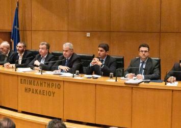 Βορίδης και φορείς της Κρήτης συζητούν για τις αποζημιώσεις των ελαιοπαραγωγών
