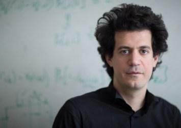Δασκαλάκης:«Απαραίτητη η εκμάθηση πληροφορικής απ' το δημοτικό και η κατανόηση της τεχνολογίας»