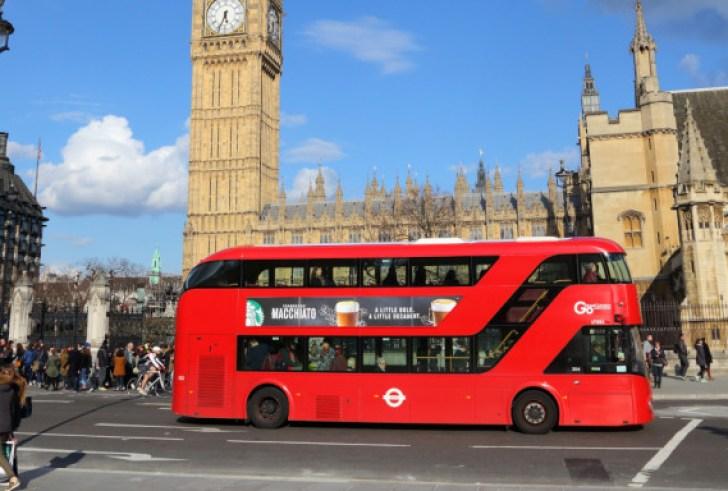 Brexit: Η Βρετανία κλείνει την πόρτα σε ανειδίκευτους εργάτες & σε όσους δεν μιλούν αγγλικά
