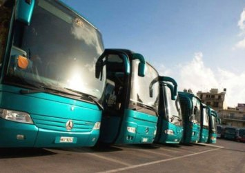 Απολύσεις στα ΚΤΕΛ και στην Κρήτη καταγγέλλει η Ομοσπονδία Μεταφορών